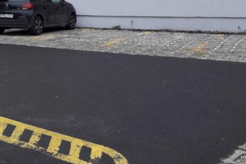 Saját ingyenes parkoló